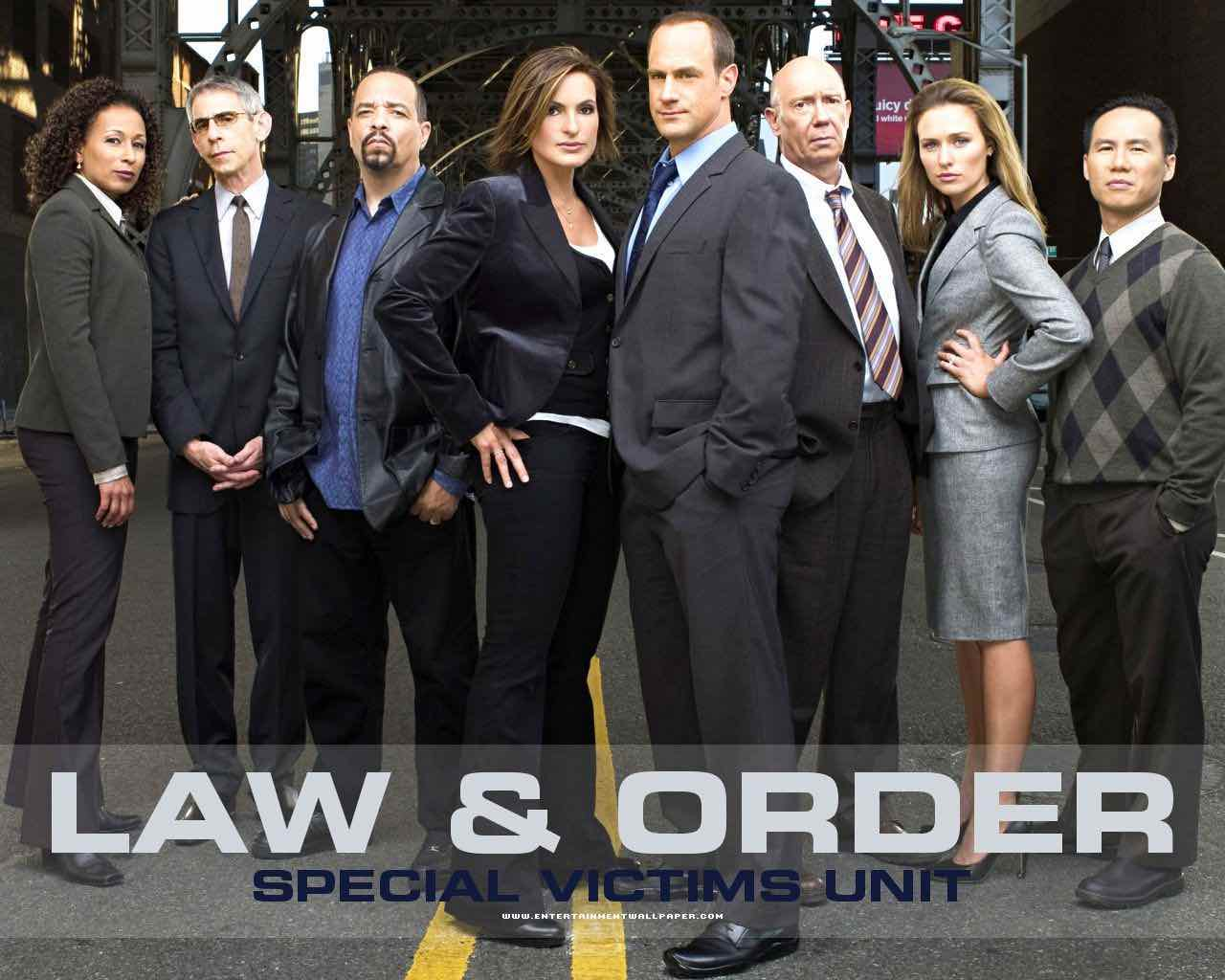 """Where To Watch All 22 Seasons Of """"Law & Order: Special Victims Unit"""" Online?"""