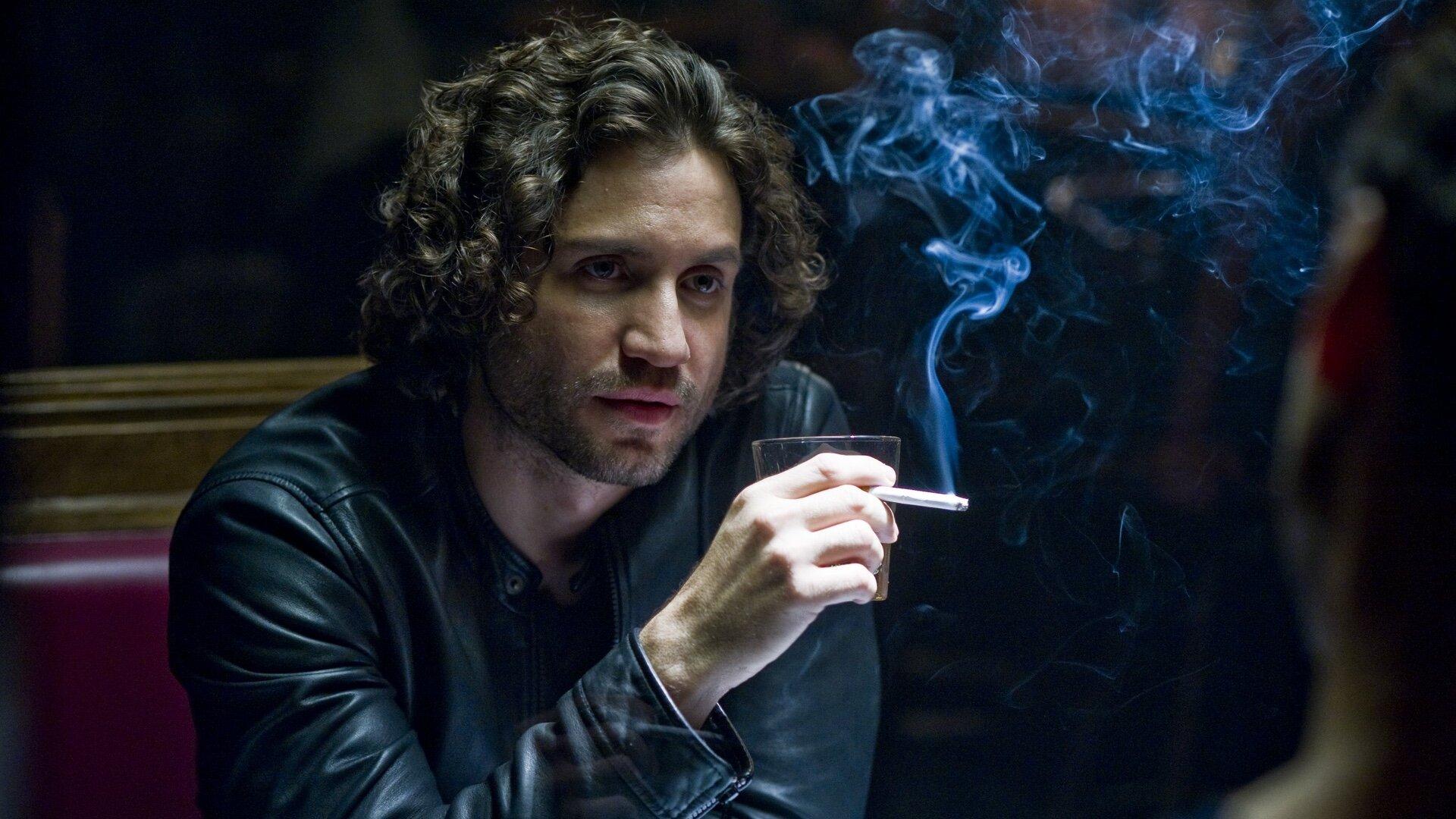 Netflix's New Series 'Florida Man' Release Date | Starring Brilliant Actor Édgar Ramírez