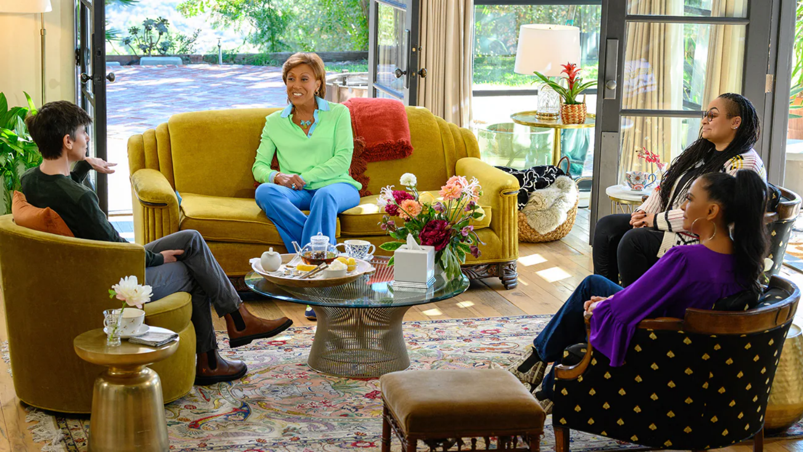 """All new """"Turning the Tables with Robin Roberts"""" Watch Online for Free on Disney+ Hotstar"""