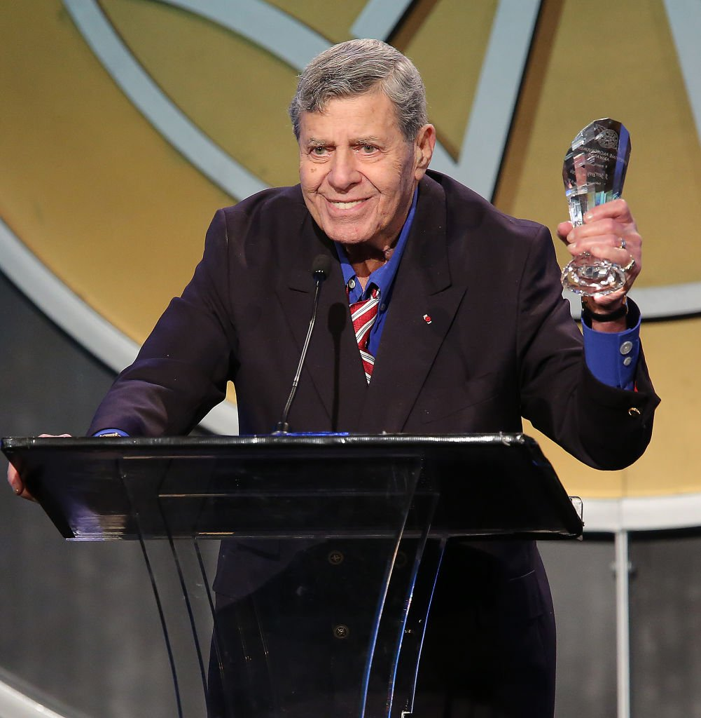 The Lifetime Achievement Award recipient Jerry Lewis at the 51st Annual ICG Publicists Awards held at the Beverly Wilshire Four Seasons Hotel on February 28, 2014 |