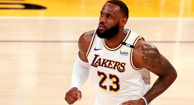 Lebron James Accused of Cheating with Instagram Model 1 Year Ago Celebrates 8th Anniversary with Only Wife