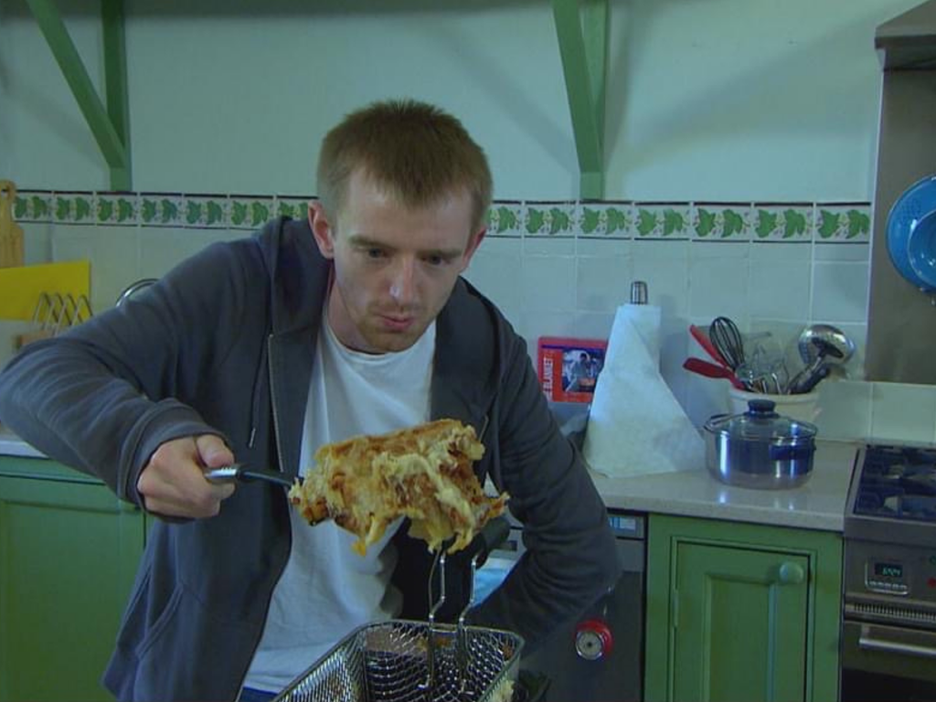 Come Dine With Me contestant makes deep-fried lasagne and caviar – and everyone is disgusted