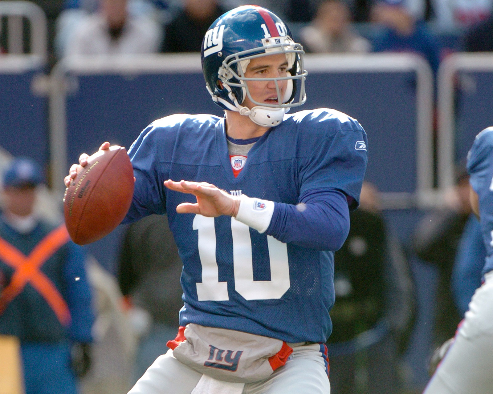 During 'Monday Night Football' Broadcast Eli Manning Gives NSFW Gesture On Live