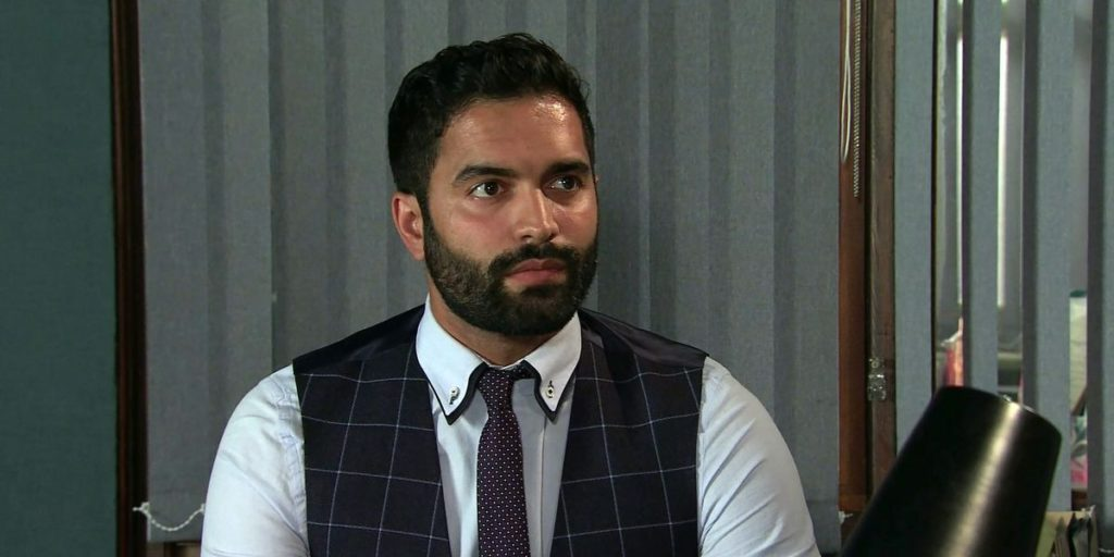 Imran from Corrie assists in the release of criminal Harvey prior of the jail van crash stunt?