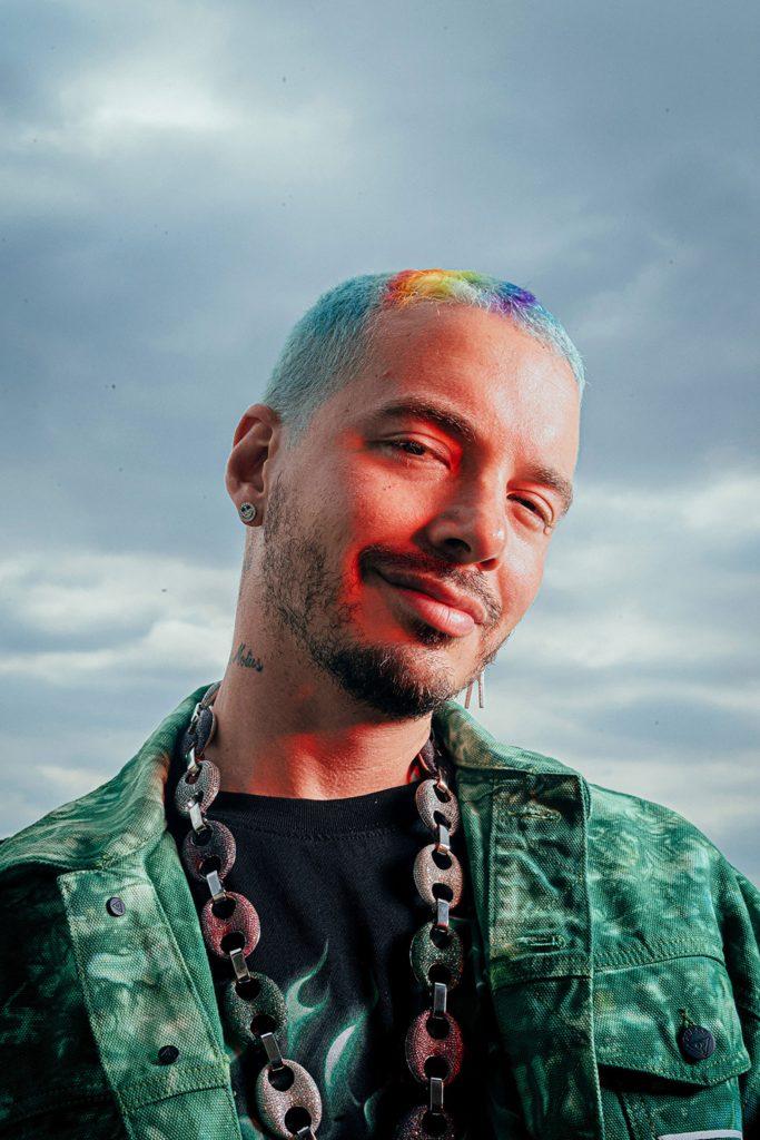 On Twitter, artist J Balvin criticized the Latin Grammys.