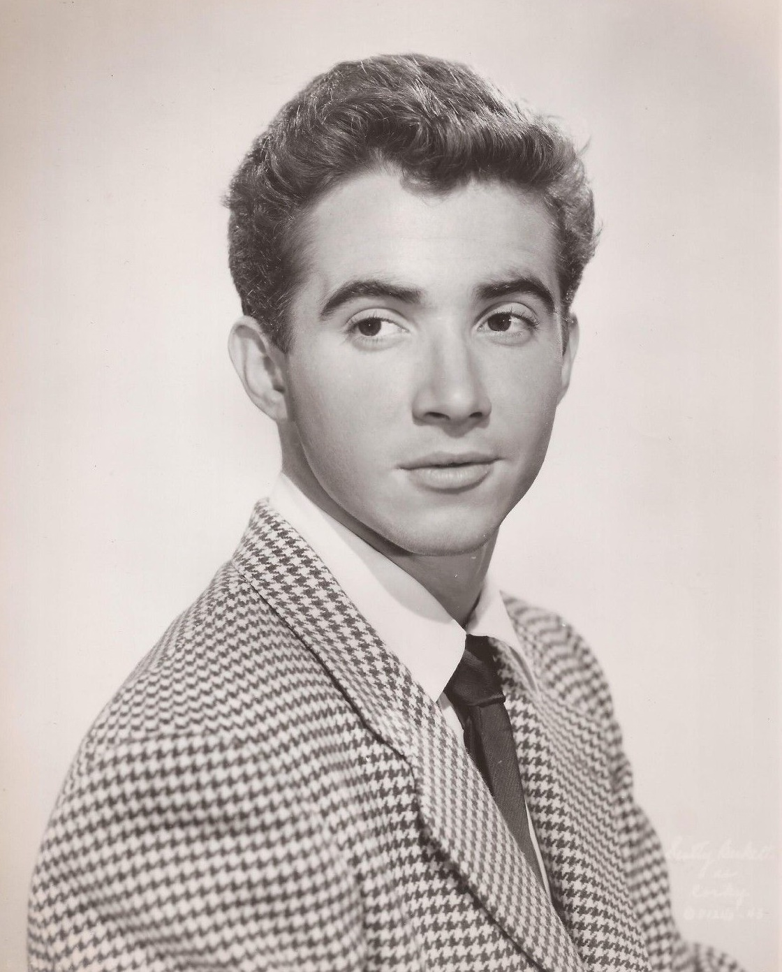 Scotty Beckett From Our Gang lived Post Gang after the Show ended, and was found dead in 1968 at age 38!
