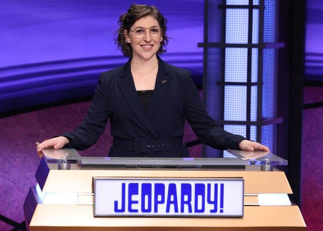 "In A New Interview Mayim Bialik Responds to ""Jeopardy!"" Drama"