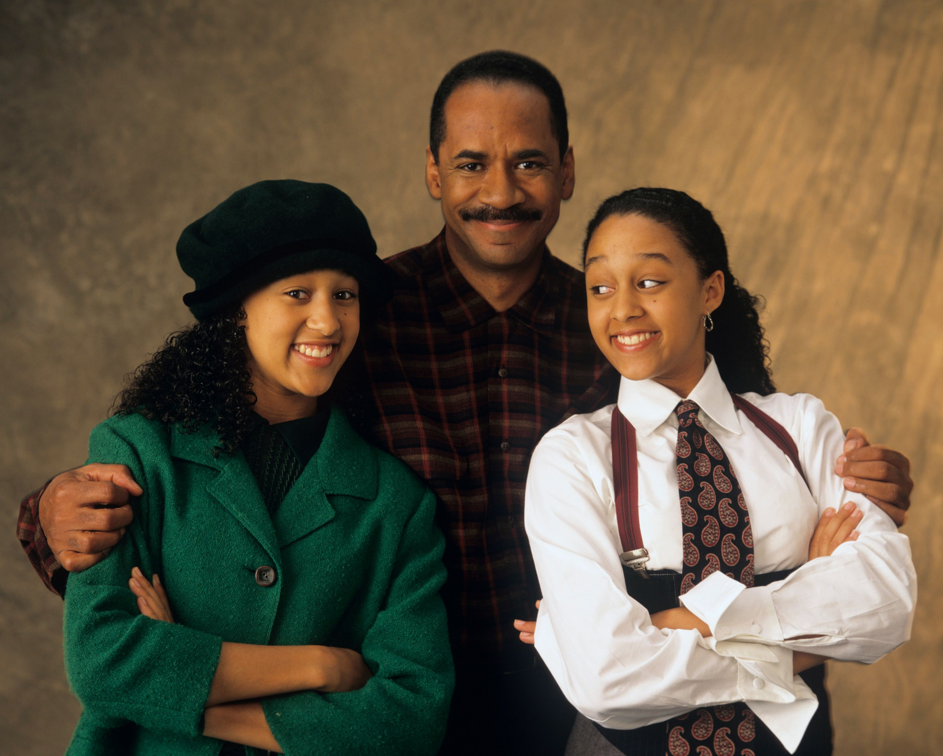 """A picture of Tim Reid, Tia and Tamera Mowry from """"Sister, Sister""""   Photo: Getty Images"""