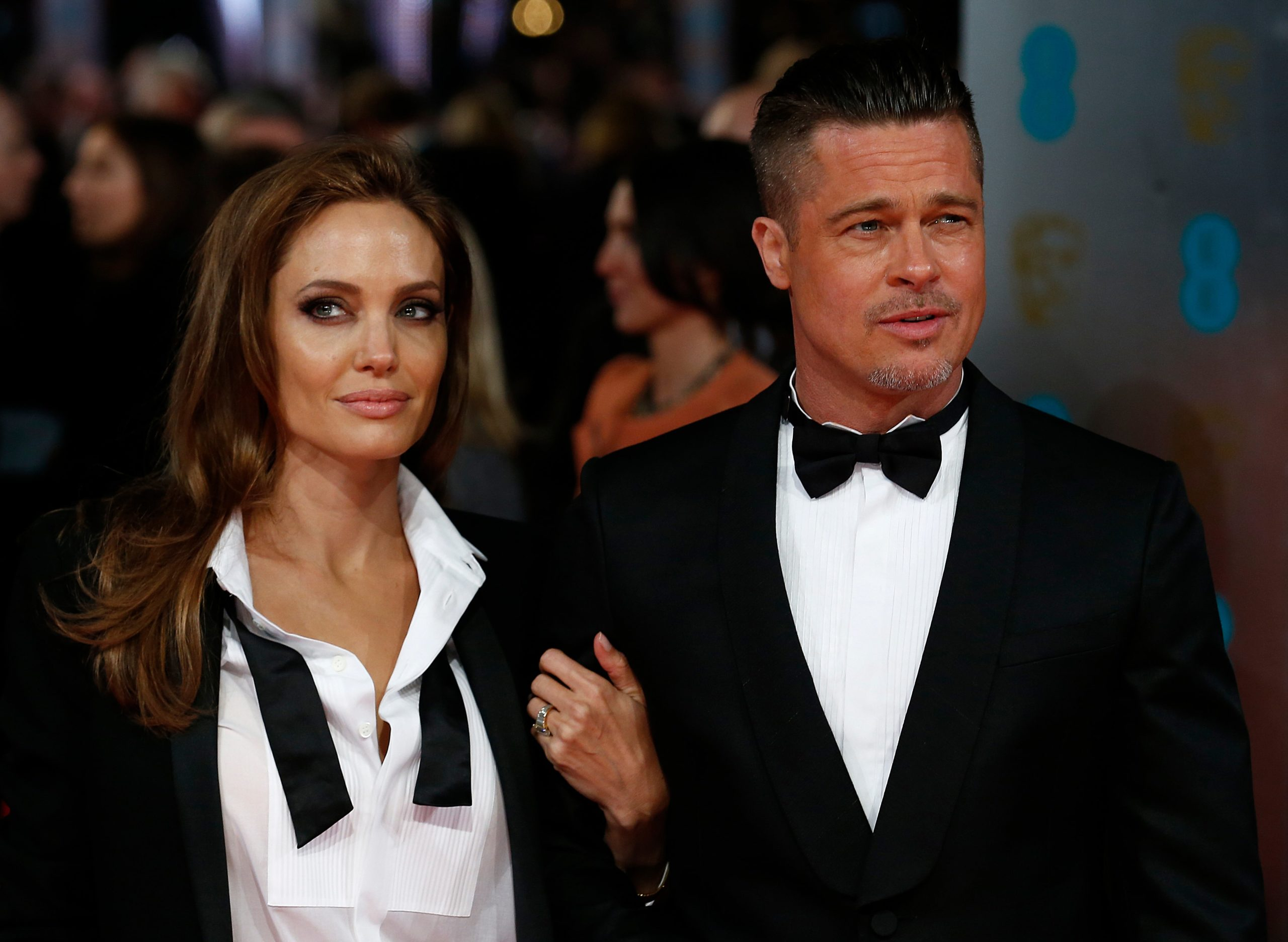 Brad Pitt and Angelina Jolie Divorce Getting Messier And Judge Disqualification Defended By AJ!