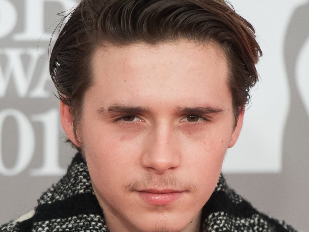 Rumours say that Taylor Swift, Robert Pattinson and Brooklyn Beckham will be getting married soon