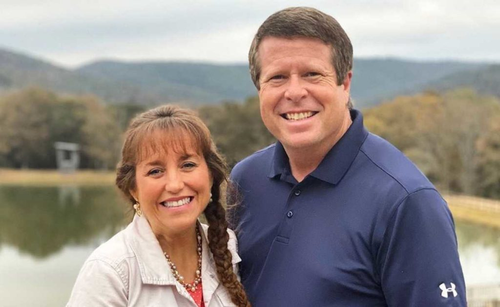 The conflict amplifies between Jim Bob Duggar and Paul Caldwell. As the family confirms about it.