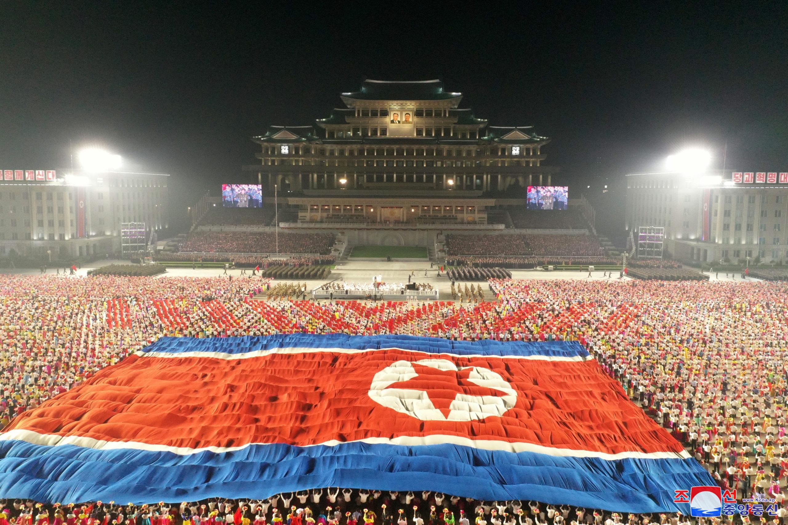 Kim Jong Un Hazmat Suit Army Parade! North Korea