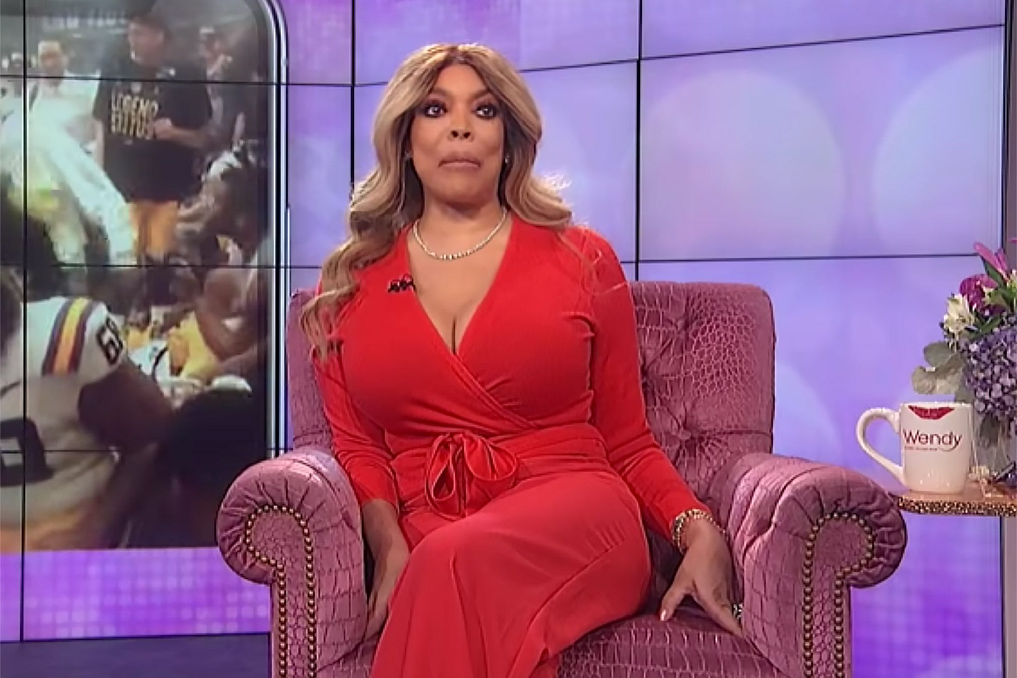 Wendy Williams hits Rock Bottom With Bad Relationship And Mental Health Making Friends Concerned!
