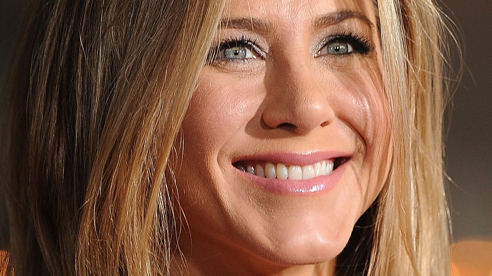 The Staggering Amount Of Money Jennifer Aniston Makes In Real Estate