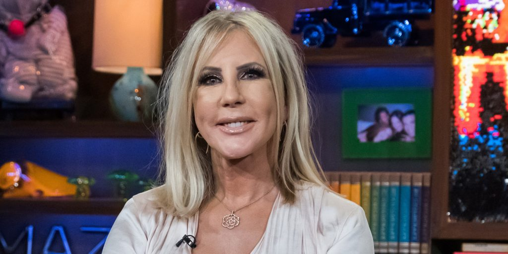To The Rescue, A Friend! After Steve and Vicki Gunvalson split, Vicki Gunvalson leans on Tamra.